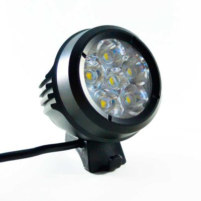 Xeccon Zeta 5000R Adventure light, Kraftig LED cykellygte